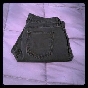 Super skinny black jean